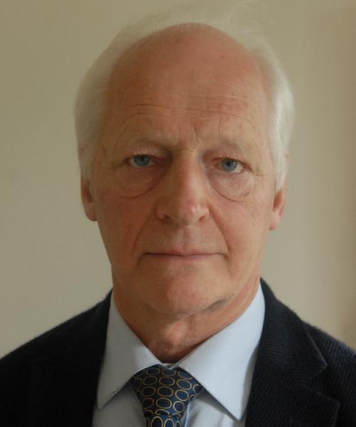 Dr Andrew Szydlo